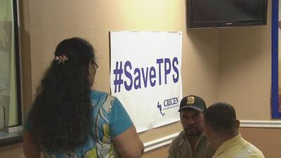 Salvadoreños en Houston, indignados con Trump tras la cancelación del TPS