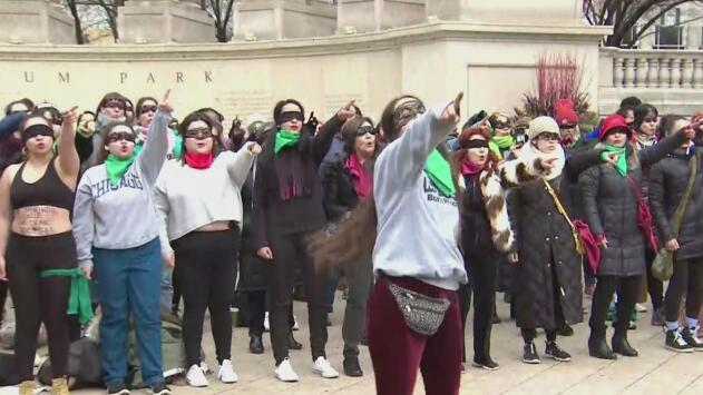 'El violador eres tú', el himno feminista chileno llega hasta Chicago