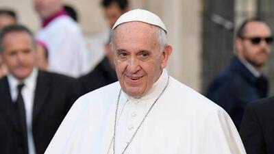 """El papa cumple 80 años con el deseo de tener una vejez """"tranquila"""""""