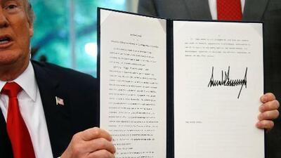 Presidente Trump firma orden ejecutiva para mantener unidas a las familias detenidas en la frontera