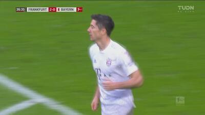 ¡Descuenta el Bayern! Lewandowski deja atrás la defensa para el 2-1