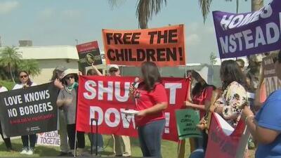 La protesta de líderes y ciudadanos contra el centro de detención para inmigrantes en Homestead