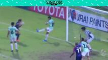 Gol estilo 'Chicharito' en el futbol de Tailandia