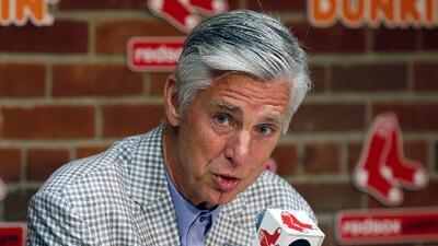 Los Red Sox despiden a su presidente un año después de ser campeones