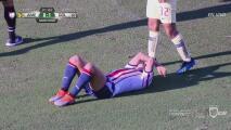 Aguilera le mete el brazo en la cara a 'Chofis' y se va amonestado