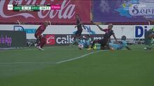 ¡Se quedó a pulgadas de anotar! Luciano Acosta casi le anota al Mazatlán FC con una barrida