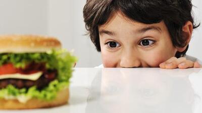 No dejes que las vacaciones sean sinónimo de subir de peso: cómo cuidar a los niños en esta temporada