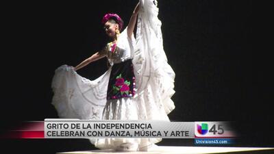Danza y música en Grito de Independencia