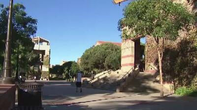 Se declara como no culpable el exginecólogo de UCLA acusado de abusar sexualmente de dos pacientes