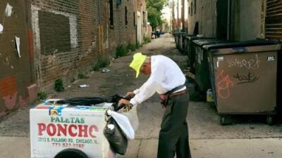 El barrio La Villita de Chicago despide a Don Fidencio, el anciano mexicano que conquistó con su carrito de paletas