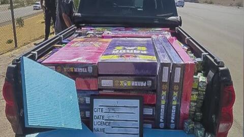 Confiscan 7,500 libras de fuegos artificiales ilegales durante un operativo en San Bernardino