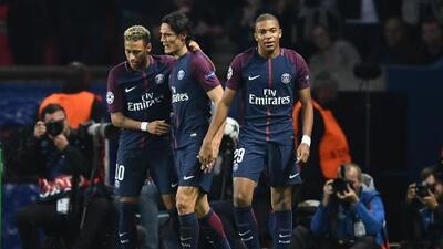 Mientras los egos de Cavani y Neymar se enfrentan, Mbappé brilla con su fútbol