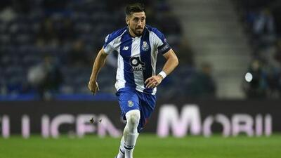 Atlético de Madrid ya cerró un acuerdo con Héctor Herrera aseguran en España