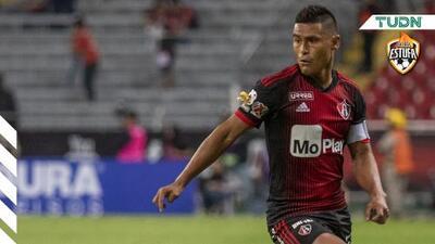 Osvaldo Martínez desea retirarse fuera de México