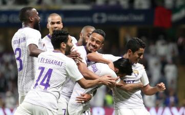 En fotos: Al-Ain goleó al Esperance y jugará la semifinal del 'Mundialito' ante River Plate