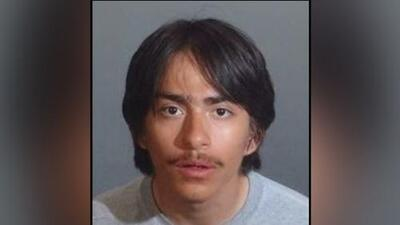 Buscan a un joven bajo sospecha de asesinar a su hermana de 13 años en el sur de California