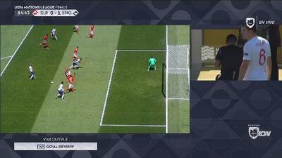 Increíble gol de Inglaterra... ¡anulado por el VAR!