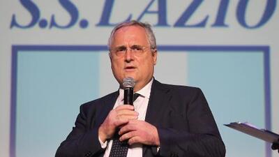 Presidente de la Lazio contrató sacerdote para terminar con 'mala fortuna'