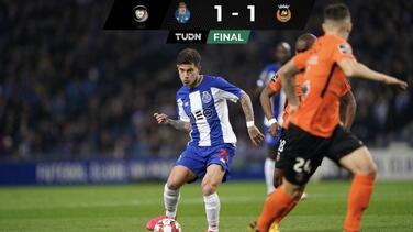 El Porto empata pero no pierde el liderato en Portugal