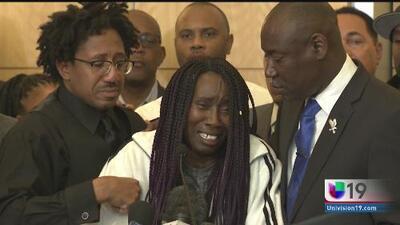Exigen justicia por muerte de Stephon Clark, tiroteado por la policía