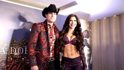 África Zavala y Danilo Carrera debutan como cantantes gruperos en 'La doble vida de Estela Carrillo'