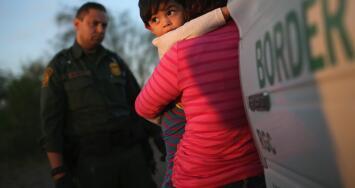 Así sería el proceso de regularización para los inmigrantes bajo el proyecto de reforma migratoria de Joe Biden