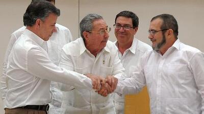 Las FARC no entregarán sus armas al gobierno colombiano