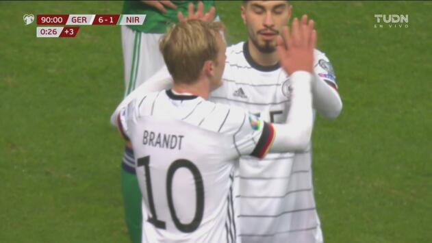 ¡El último clavo al ataúd! Julian Brandt sentencia la media docena alemana