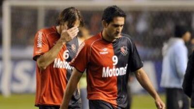 Arsenal sorprendió a Newell's y Lanús recuperó la punta del fútbol argentino