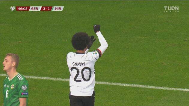 ¡Anda encendido! Serge Gnabry anota el 3-1 de Alemania