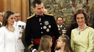 La verdadera víctima es el rey Felipe: llegamos a esta conclusión sobre el pleito entre las reinas de España