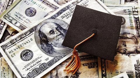 Cinco estrategias para encontrar becas para la universidad a tiempo (y según tus intereses)