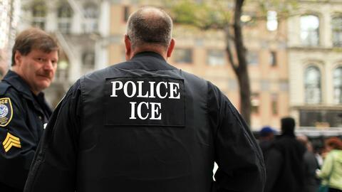 Con falsos uniformes de ICE, personas están causando pánico entre la comunidad inmigrante