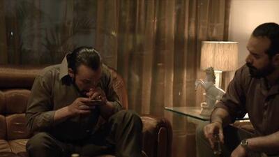 Esto es lo que inhala el personaje de Arturo Bernal Leyda para simular que consume cocaína en 'El Chapo'