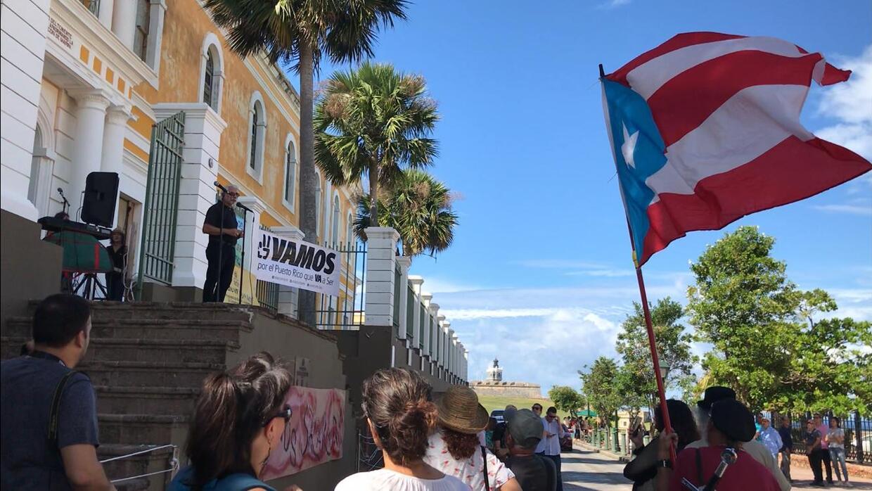Artistas de toda la isla se manifiestan frente al edificio del Instituto de Cultura Puertorriqueña