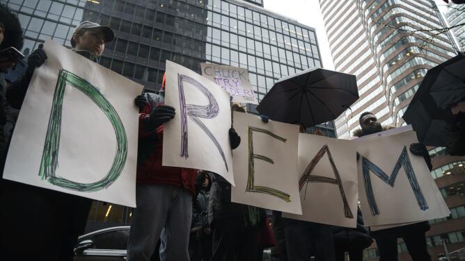"""La pelea no se pospone, la lucha continúa"",dice dreamer sobre DACA"