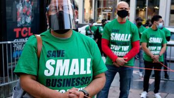 Qué dinero existe disponible para los pequeños negocios en el Área de la Bahía