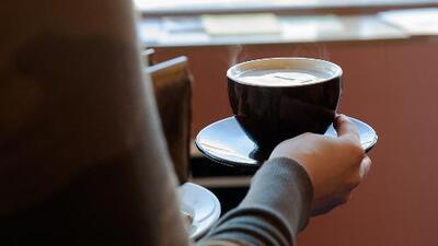 Juez en California ordena a Starbucks incluir etiquetas en su café que adviertan de cáncer