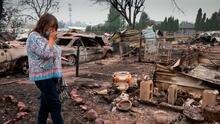 California anticipa más devastación ante la falta de lluvias; continúa la búsqueda de desaparecidos en zonas arrasadas