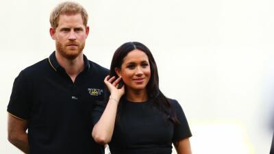 Reportan que Meghan Markle y el príncipe Harry tomaron un vuelo comercial para ir a una boda en Italia
