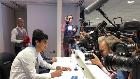 Erick Gutiérrez fue presentado oficialmente por el PSV