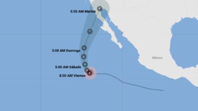 Rosa se fortalece como un huracán Categoría 4 mientras avanza hacia el noroeste de México