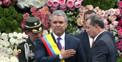 Cambio presidencial en Colombia: Santos le pasa el relevo a Duque con el reto de dejar atrás la polarización