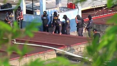 Armamento de presos, al descubierto tras una riña que dejó varios muertos y heridos en Guatemala