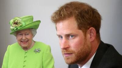 """El príncipe Harry siente """"pánico"""" cuando se encuentra con la reina (su abuela) en el palacio"""