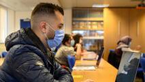 Reportan una disminución en el número de personas que se inscriben para cursar estudios superiores