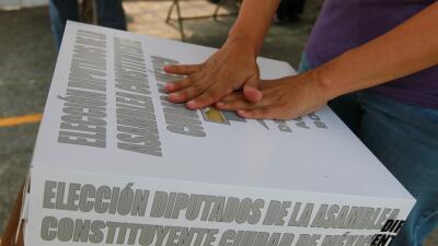 """""""Se tienen que ganar nuestro voto"""": migrantes en EEUU quieren influir en las elecciones mexicanas"""