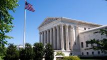 ¿La Corte Suprema deja abierta la posibilidad de que el gobierno Trump excluya a indocumentados del Censo 2020?