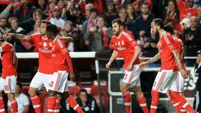 Benfica 2-1 Setúbal: Benfica remonta y da otro paso rumbo al título
