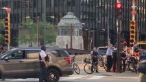 Autoridades en Chicago adelantan un simulacro para responder ante posibles actos violentos durante el fin de semana